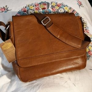 Cole Brothers Collection Leather Men's Messeng Bag